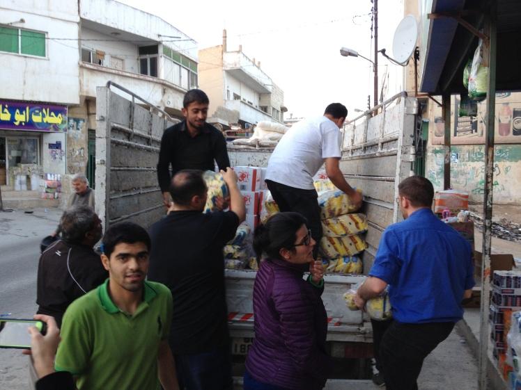 teamwork-fooddistribution